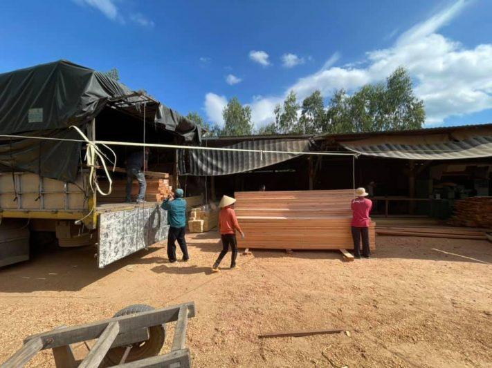 cung cấp các loại gỗ yến làm nhà nuôi chim yến
